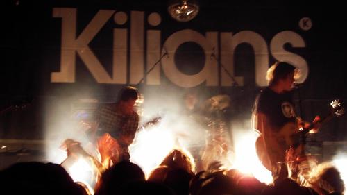 Kilians, live in Aktion