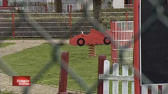 Zaun an der Kerpener Kartbahn (Ruhetag).